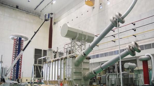 西电西变研制成功国产容量最大的换流变压器
